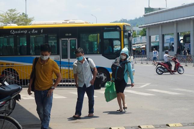 Sân bay, bến xe Đà Nẵng đã dần nhộn nhịp trở lại ảnh 6