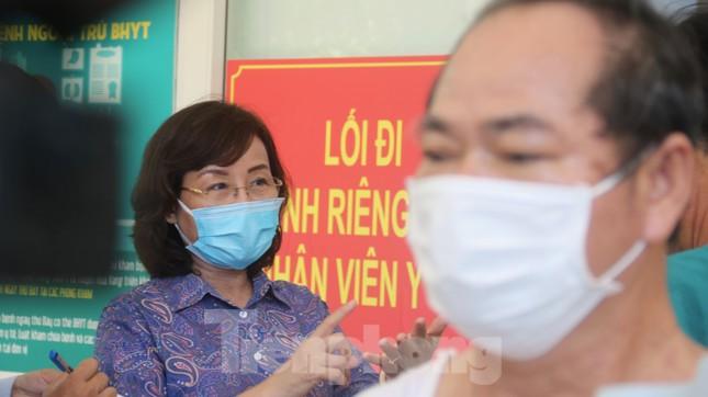 Sau 19 lần xét nghiệm, bệnh nhân cuối cùng tại tâm dịch Đà Nẵng chiến thắng COVID-19 ảnh 8