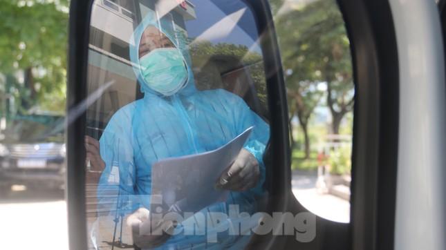 Sau 19 lần xét nghiệm, bệnh nhân cuối cùng tại tâm dịch Đà Nẵng chiến thắng COVID-19 ảnh 11