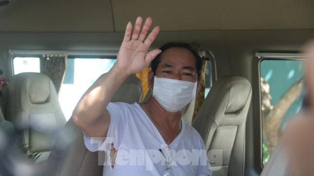 Sau 19 lần xét nghiệm, bệnh nhân cuối cùng tại tâm dịch Đà Nẵng chiến thắng COVID-19 ảnh 6