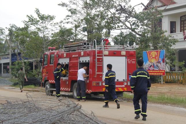 Hiện trường sạt lở kinh hoàng tại nhà điều hành thủy điện Rào Trăng 3 ảnh 4