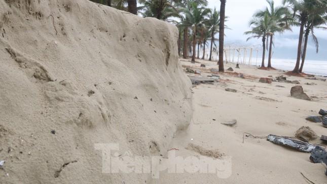 Bãi biển 'đẹp nhất hành tinh' tan hoang sau bão số 13 ảnh 13