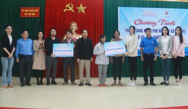 BTC cuộc thi Hoa hậu Việt Nam cùng các người đẹp đến với đồng bào Nam Trà My ảnh 3