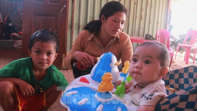 4 người còn mất tích, vùng núi lở Phước Sơn vẫn chồng chất khó khăn ảnh 20
