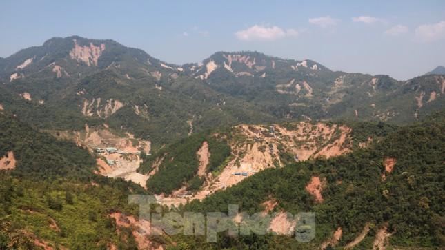 4 người còn mất tích, vùng núi lở Phước Sơn vẫn chồng chất khó khăn ảnh 13
