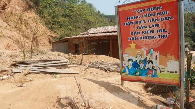 4 người còn mất tích, vùng núi lở Phước Sơn vẫn chồng chất khó khăn ảnh 17