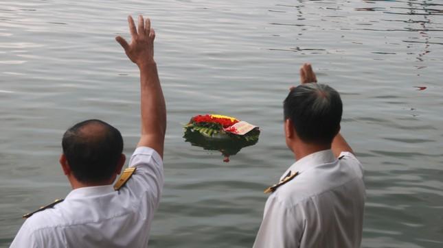 Tưởng niệm 64 liệt sĩ Gạc Ma: Những bài vị trên con tàu HQ-604 ảnh 12