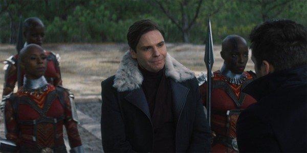 """""""The Falcon and the Winter Soldier"""" tập 5: """"Captain America"""" chính thức bị truất ngôi! ảnh 6"""