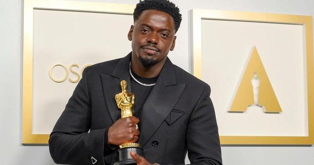 Oscar 2021: Những tượng vàng đầu tiên đã có chủ! ảnh 1