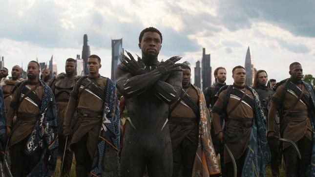 Vũ trụ điện ảnh Marvel giai đoạn 4: Angelina Jolie đẹp hút hồn, có nhiều Captain Marvel? ảnh 5