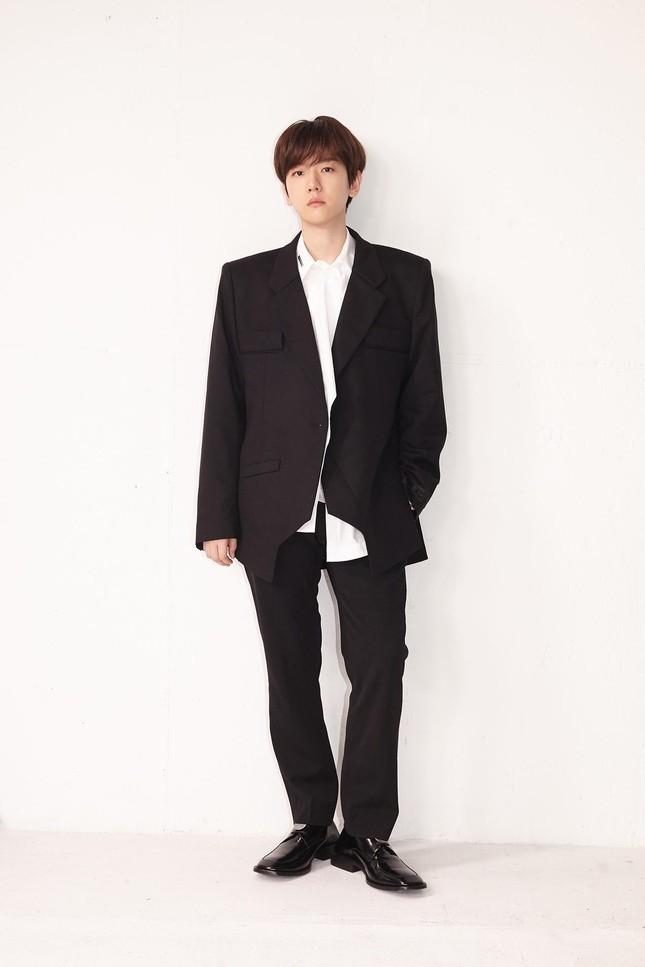 """Baekhyun """"bùng nổ"""" với gần 1 triệu bản đặt trước cho mini album solo thứ 3 """"Bambi"""" ảnh 1"""