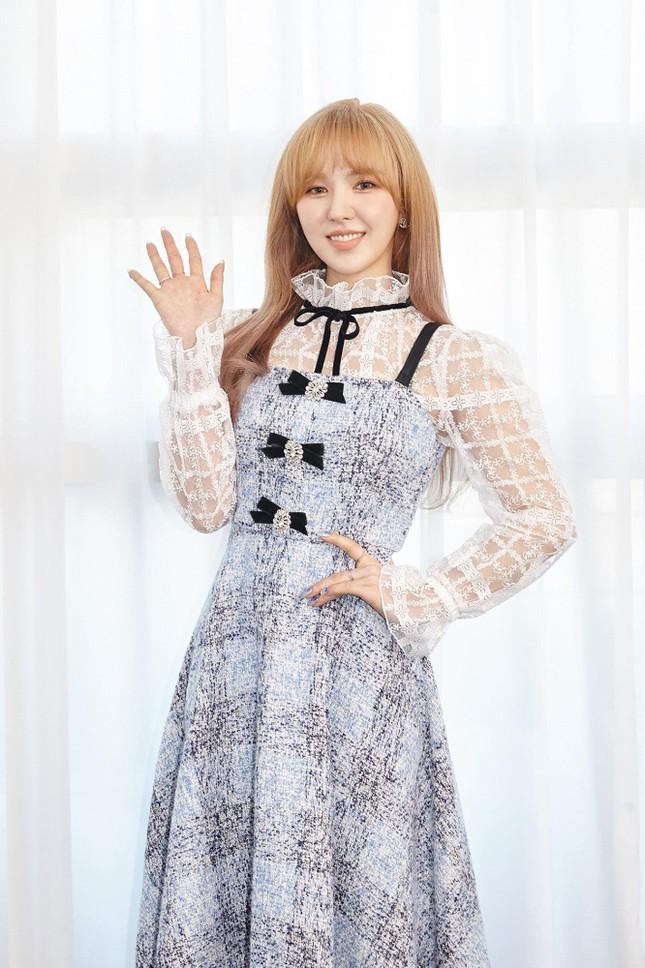 """Wendy phát hành album solo đầu tay, lời bài hát chủ đề """"Like Water"""" đẹp như một áng thơ ảnh 1"""