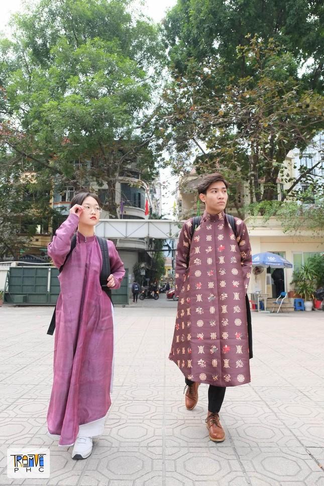 """Trào lưu mặc cổ phục Việt ngày càng được Gen Z """"thả tim"""", có thêm nhiều thiết kế ấn tượng ảnh 5"""