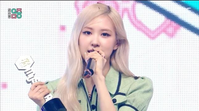 BXH thương hiệu tất cả ca sĩ Hàn Quốc: Một thành viên BLACKPINK được điểm cao hơn cả nhóm ảnh 3