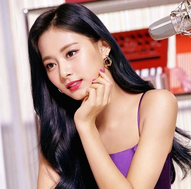 """Tranh cãi quanh """"bộ ba nữ thần K-Pop thế hệ 3"""": BLACKPINK khiến netizen rơi vào thế bí ảnh 4"""