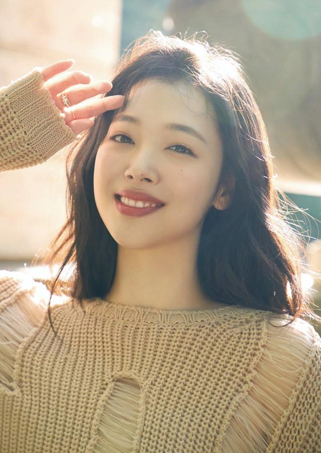 """Tranh cãi quanh """"bộ ba nữ thần K-Pop thế hệ 3"""": BLACKPINK khiến netizen rơi vào thế bí ảnh 2"""