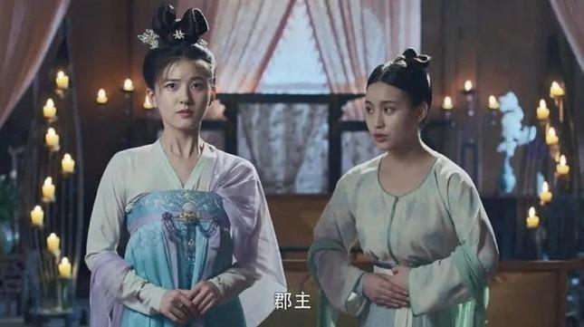 """Đóng vai công chúa nhưng vì sao Triệu Lộ Tư lại giản dị quá mức trong """"Trường Ca Hành""""? ảnh 3"""