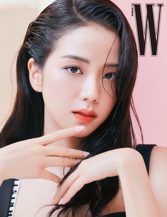 """BLACKPINK dưới lăng kính """"đẹp chuẩn Hàn"""": Vẻ đẹp vượt trên mọi """"tiêu chuẩn"""" ảnh 2"""