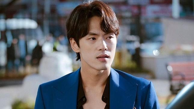 """Nam phụ """"Hạ Cánh Nơi Anh"""" bị khui chuyện cũ: Vì sao từng đối xử tệ với Seohyun (SNSD)? ảnh 7"""