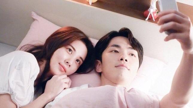 """Nam phụ """"Hạ Cánh Nơi Anh"""" bị khui chuyện cũ: Vì sao từng đối xử tệ với Seohyun (SNSD)? ảnh 4"""