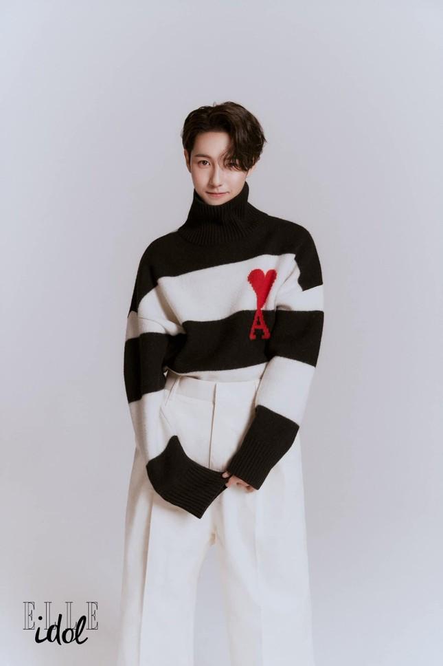 Huang Renjun, chàng trai thuần khiết dành cả tuổi thanh xuân theo đuổi một giấc mơ  ảnh 1