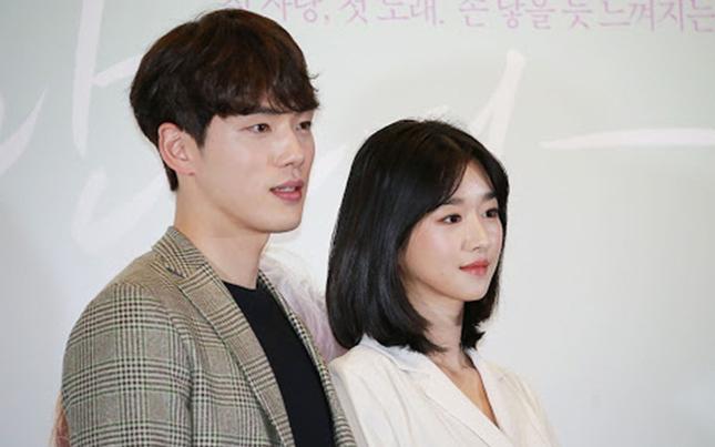 """Tại sao Kim Jung Hyun không phải ngôi sao nhưng cả đoàn phim """"Time"""" đều phải chiều theo? ảnh 2"""