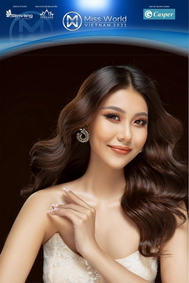 Netizen ngỡ ngàng tưởng Thanh Hằng xuất hiện trong Miss World Vietnam 2021 và cái kết ảnh 4