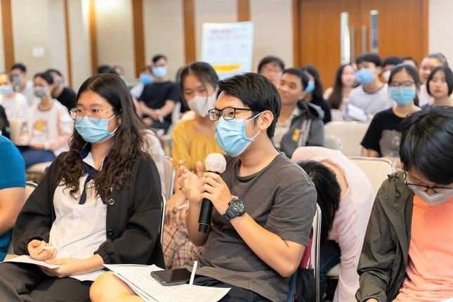 Hội thảo chinh phục kỹ năng viết trong IELTS cùng chuyên gia đến từ British Council ảnh 3