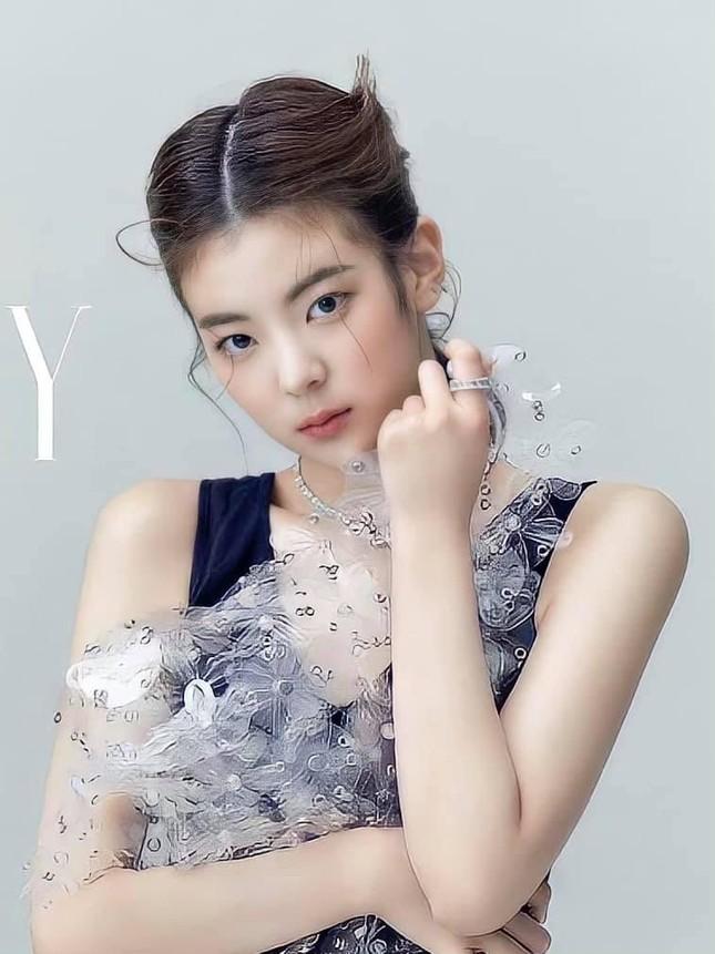 """Sau Yuna, đến lượt Lia bị stylist của ITZY ếm """"lời nguyền tóc mái"""" khiến nhan sắc tụt dốc ảnh 5"""