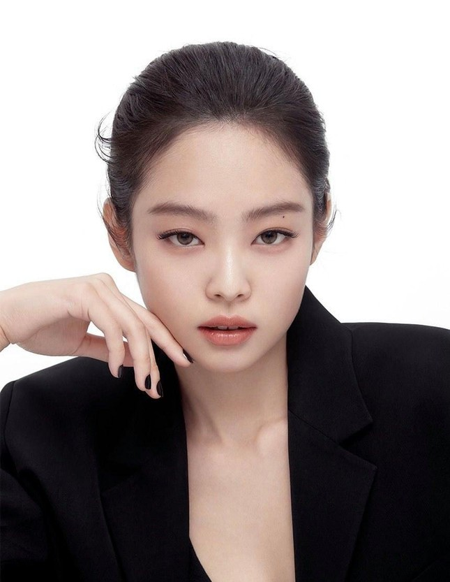 """Bỏ qua ngoại hình hay khí chất, Jennie vẫn còn một """"tuyệt chiêu"""" nữa khiến YG phải o bế ảnh 8"""
