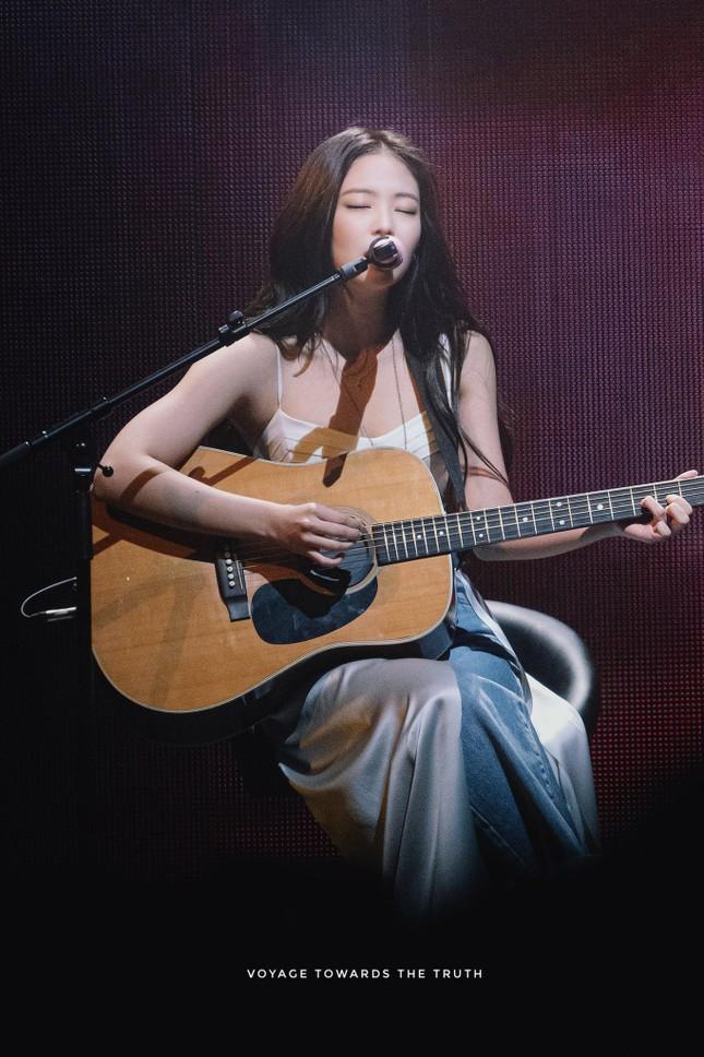 """Bỏ qua ngoại hình hay khí chất, Jennie vẫn còn một """"tuyệt chiêu"""" nữa khiến YG phải o bế ảnh 4"""