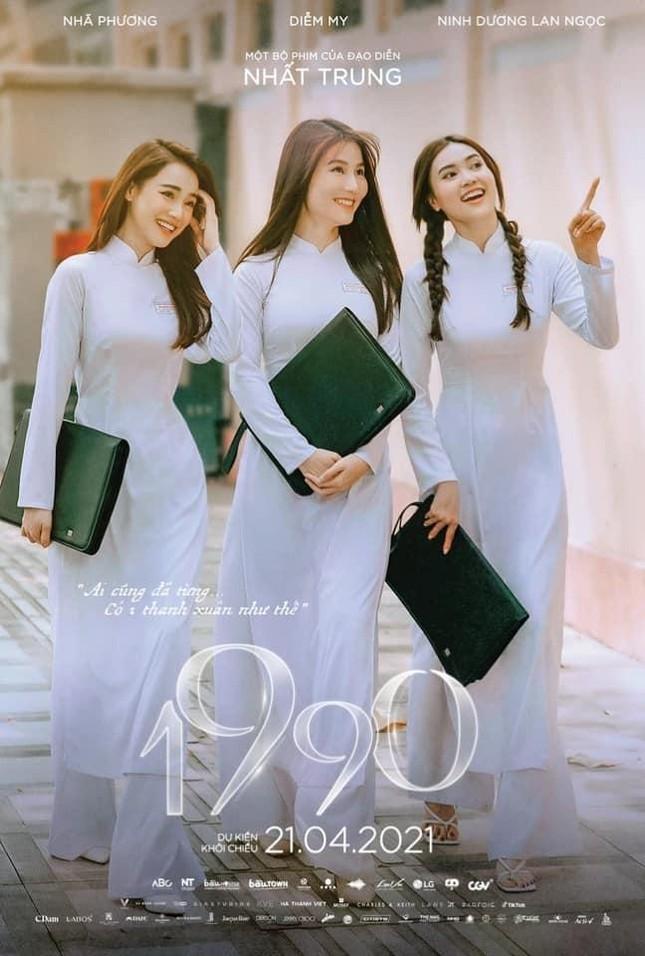 """Netizen cạn lời khi biết vì sao Nhã Phương không chia sẻ thông tin phim """"1990"""" hoãn chiếu ảnh 1"""
