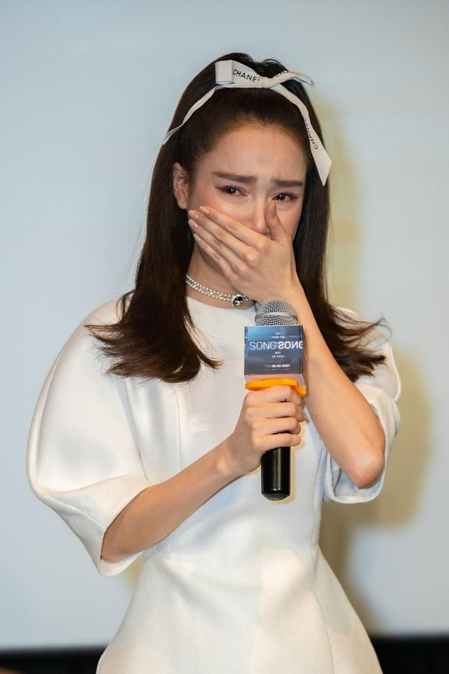 """Công ty quản lý khẳng định diễn viên Nhã Phương thực hiện đúng trách nhiệm với phim """"1990"""" ảnh 2"""