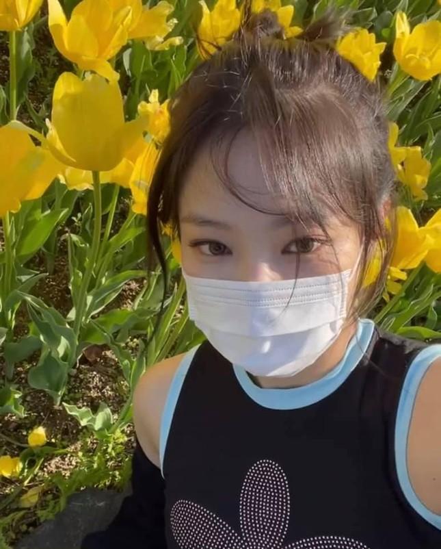 Thị phi tiếp tục đeo bám Jennie: Bê bối vi phạm lệnh giãn cách đang ngày càng nghiêm trọng ảnh 4