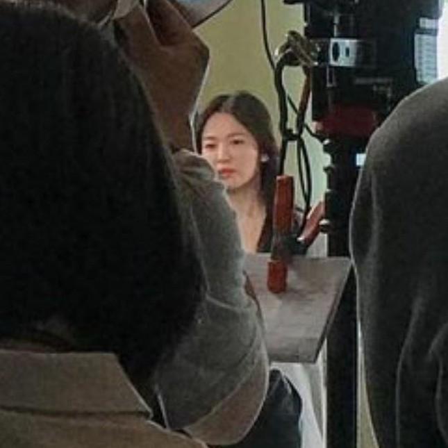 """Song Hye Kyo ngày càng đẹp sau ly hôn, khẳng định """"phụ nữ đẹp nhất khi không thuộc về ai"""" ảnh 5"""