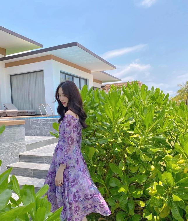 """Hoa hậu Đặng Thu Thảo khoe ảnh do ông xã đại gia chụp: Muốn tìm ảnh """"dìm hàng"""" cũng khó! ảnh 4"""