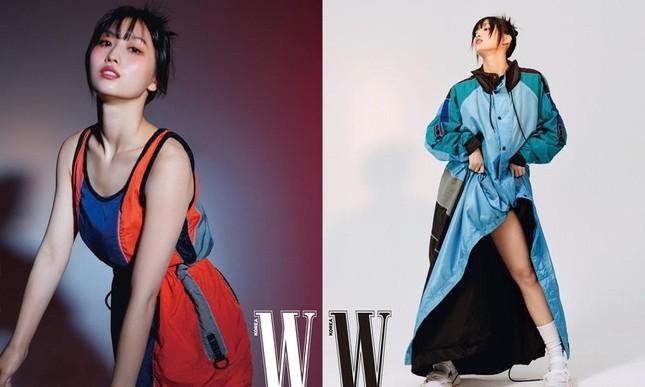 """BLACKPINK và TWICE trong cuộc đua """"ảnh tạp chí"""": Nhóm nữ nhà YG có đỉnh hơn về thần thái? ảnh 4"""