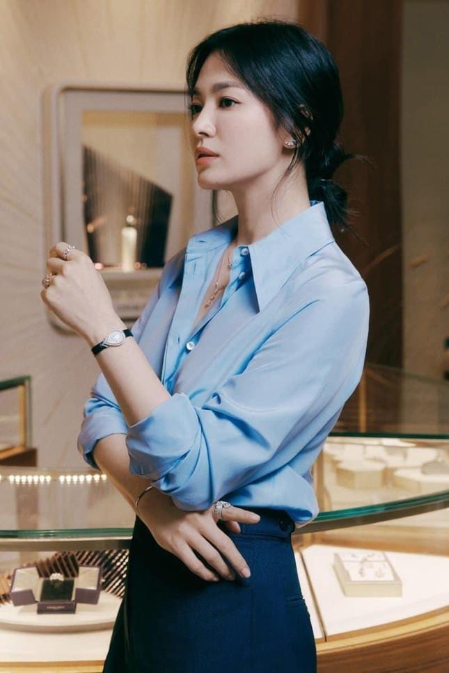 Ngược đời như Song Hye Kyo: Càng trang điểm nhẹ nhàng càng xinh đẹp hút hồn ảnh 1
