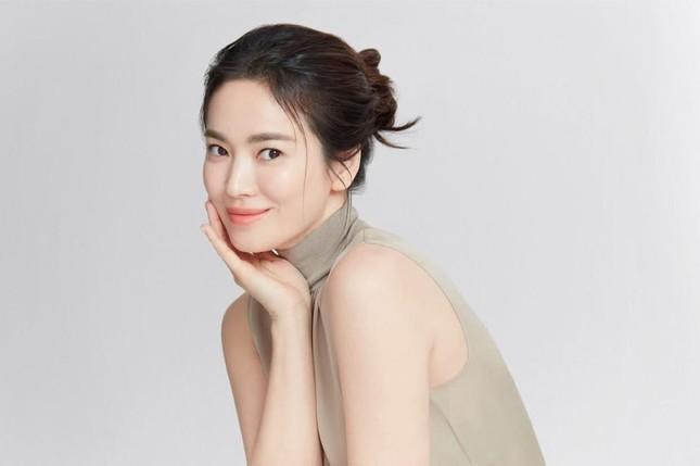 Ngược đời như Song Hye Kyo: Càng trang điểm nhẹ nhàng càng xinh đẹp hút hồn ảnh 5