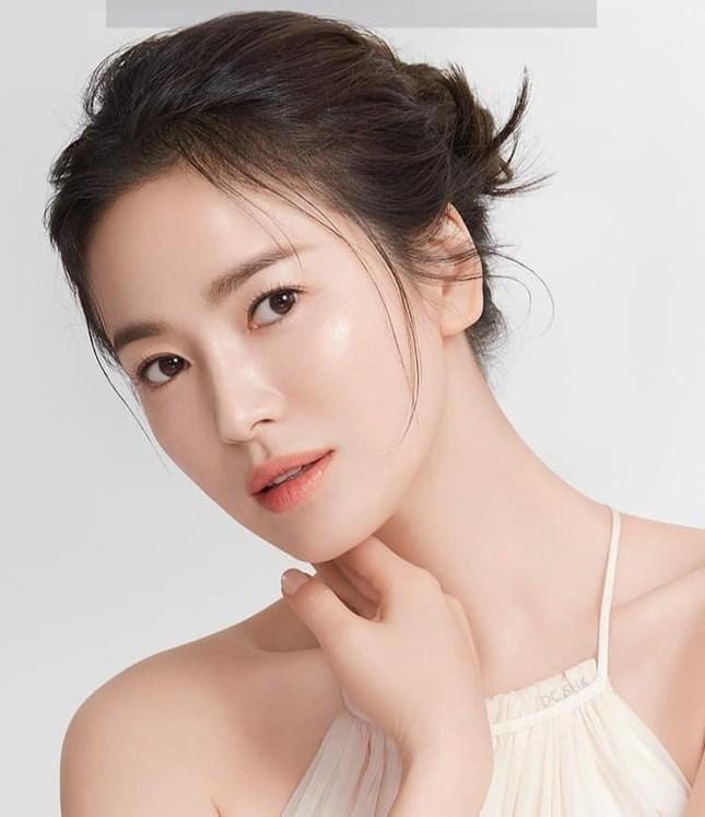 Ngược đời như Song Hye Kyo: Càng trang điểm nhẹ nhàng càng xinh đẹp hút hồn ảnh 3