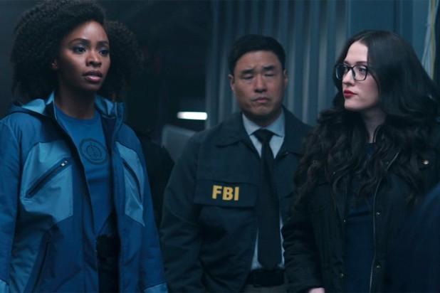 """Review """"WandaVision"""" tập 6: Scarlet Witch có thực sự """"nắm trùm"""" thị trấn Westview? ảnh 6"""