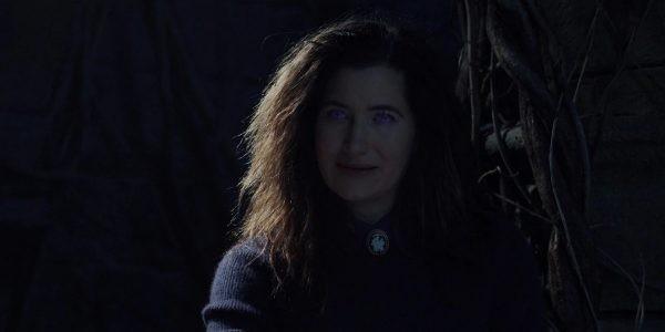"""""""WandaVision"""" tập 7: Sư mẫu của Scarlet Witch hiện nguyên hình, nhưng có phải là """"trùm cuối""""? ảnh 6"""