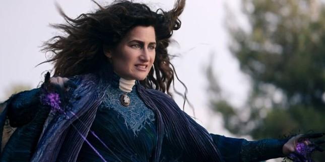 """Review """"WandaVision"""" tập 8: Scarlet Witch - Kẻ được sinh ra từ đau thương ảnh 6"""