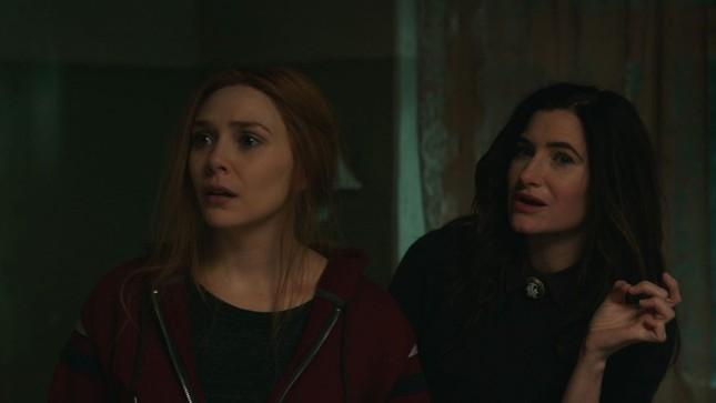 """Review """"WandaVision"""" tập 8: Scarlet Witch - Kẻ được sinh ra từ đau thương ảnh 1"""