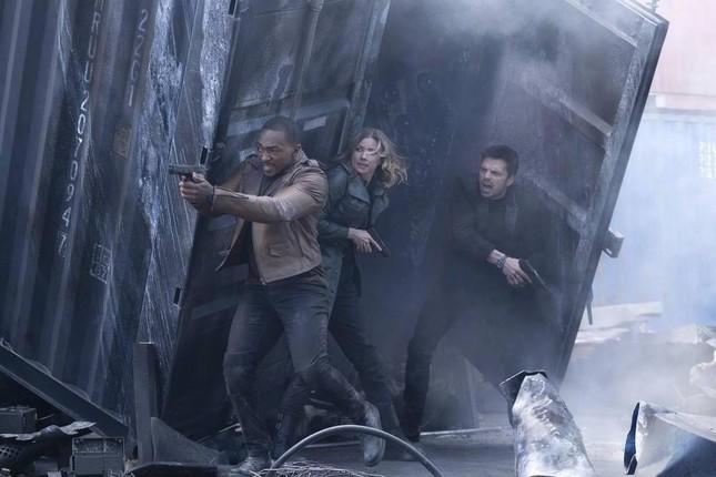 """The Falcon and the Winter Soldier"" tung trailer, chiếc khiên vibranium chiếm ""spotlight"" ảnh 1"