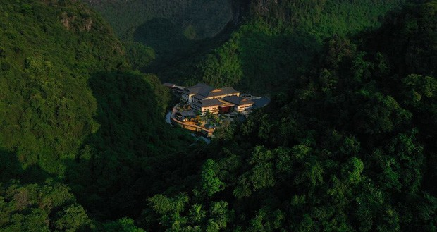 """Khu suối khoáng Onsen """"độc nhất vô nhị"""" ở Việt Nam: Đẹp và xịn như Nhật Bản, vừa mở đã kín ảnh 2"""