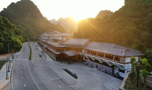 """Khu suối khoáng Onsen """"độc nhất vô nhị"""" ở Việt Nam: Đẹp và xịn như Nhật Bản, vừa mở đã kín ảnh 3"""