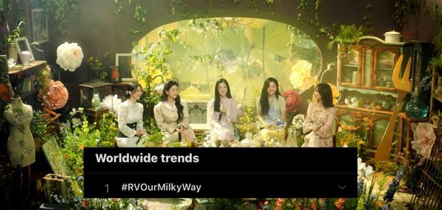 """Red Velvet khoe giọng trong MV remake, fan phát hiện SM tung """"hint"""" từ hơn 1 năm trước ảnh 2"""