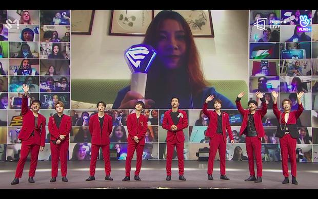 Gọi tên 3 nhóm nhạc K-Pop có concert online thu hút lượng người xem ấn tượng nhất năm 2020 ảnh 4