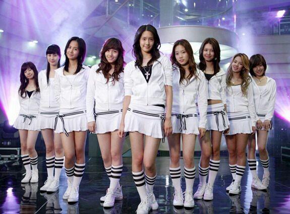 Không phải aespa, điều fan hy vọng là SM sẽ debut nhóm nữ dựa trên hình mẫu của SNSD ảnh 2